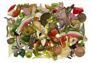 Blandet matavfall med rester av grønnsaker, frukt m.m.
